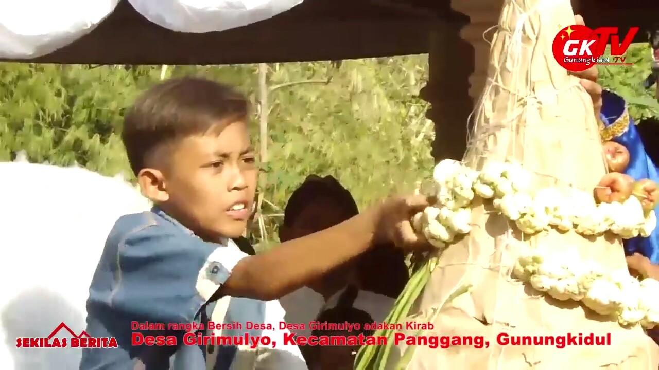 Dalam Rangka Bersih Desa Girimulyo Adakan Kirab Budaya