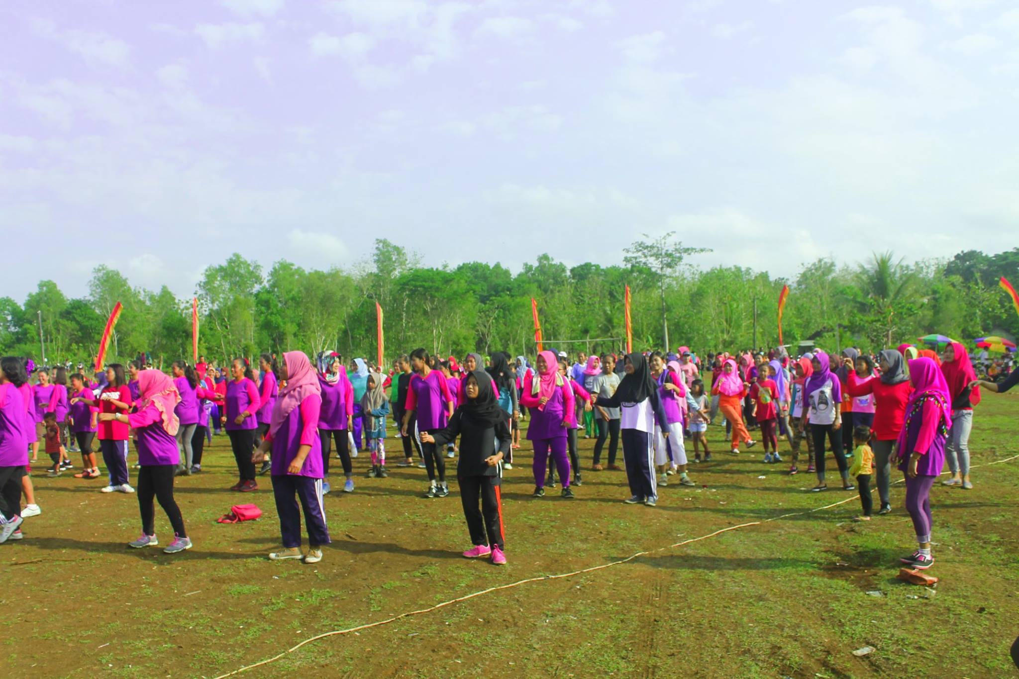 Senam Massal Dusun Kwarasan Kulon Kecamatan Nglipar
