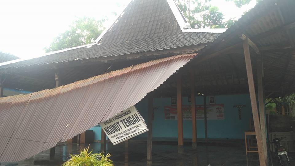 Pasca Hujan Deras, Pohon Tumbang di 3 Titik Kecamatan Playen