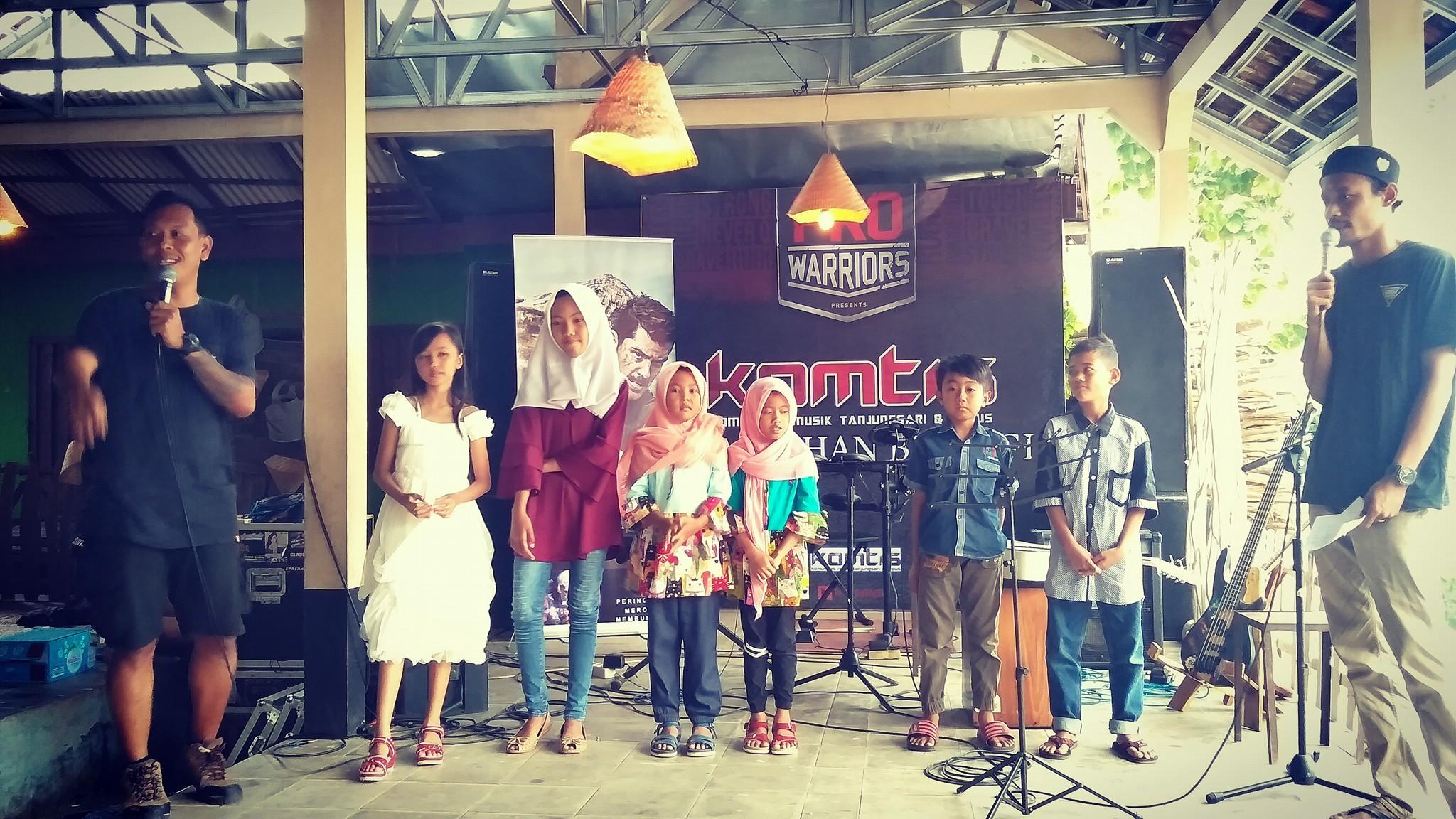 Pentas Musik Meriahkan Pasar Ramadhan Thungkluk Kemadang
